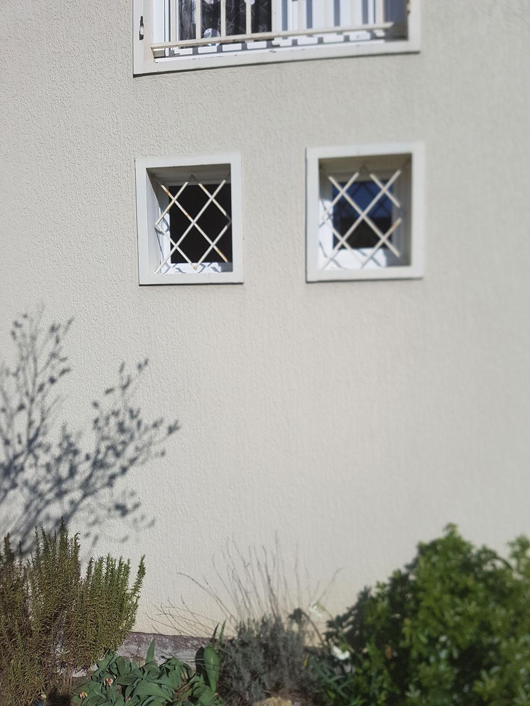 Pose de fenetre avec isolation des murs et d'une porte d'entrée