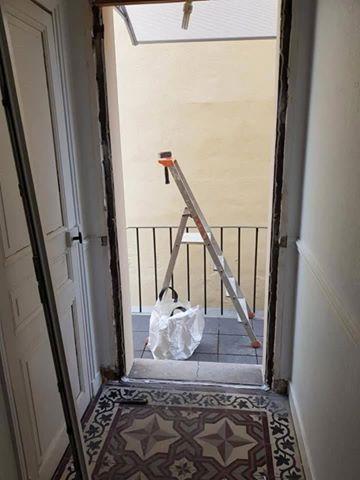 Rénovation : pose d'une porte d'entrée